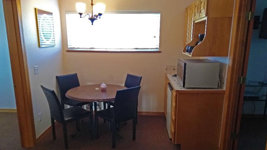 2nd-floor kitchen