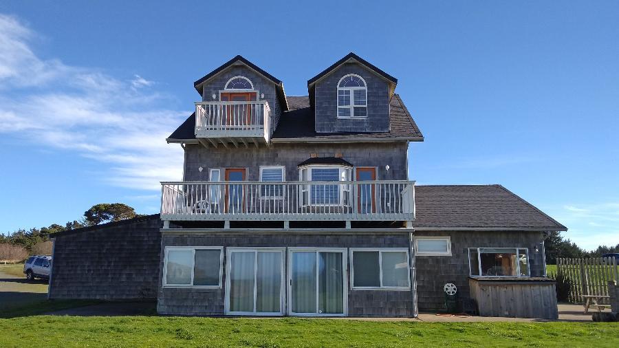 The Avanti Beach House