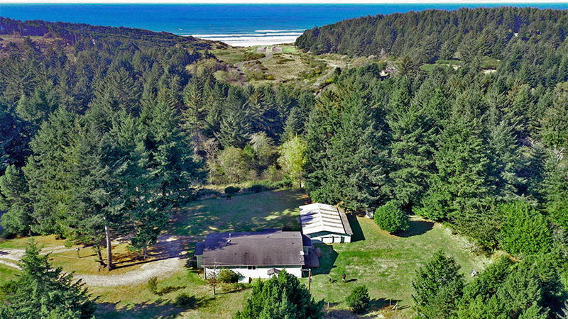 Welcome to Merchants Beach Ranch House!