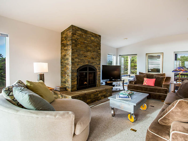 gas fireplace in main living area